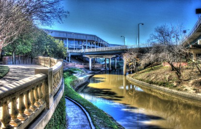 Gfp-texas-houston-bayou-river-in-the-city