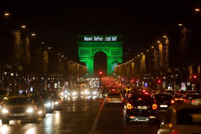 The_Arc_de_Triomphe_Is_Illuminated_in_Green_to_Celebrate_Paris_Agreement's_Entry_into_Force